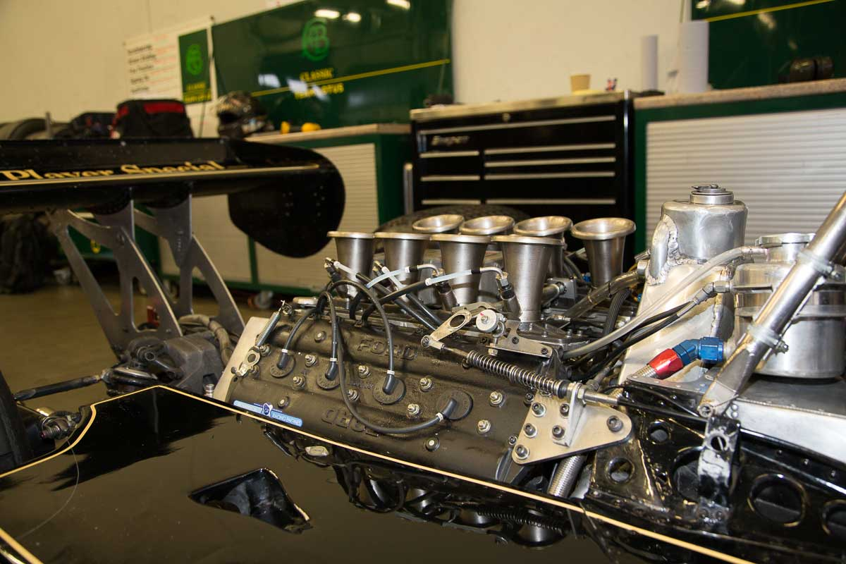Ford Cosworth in Lotus 77