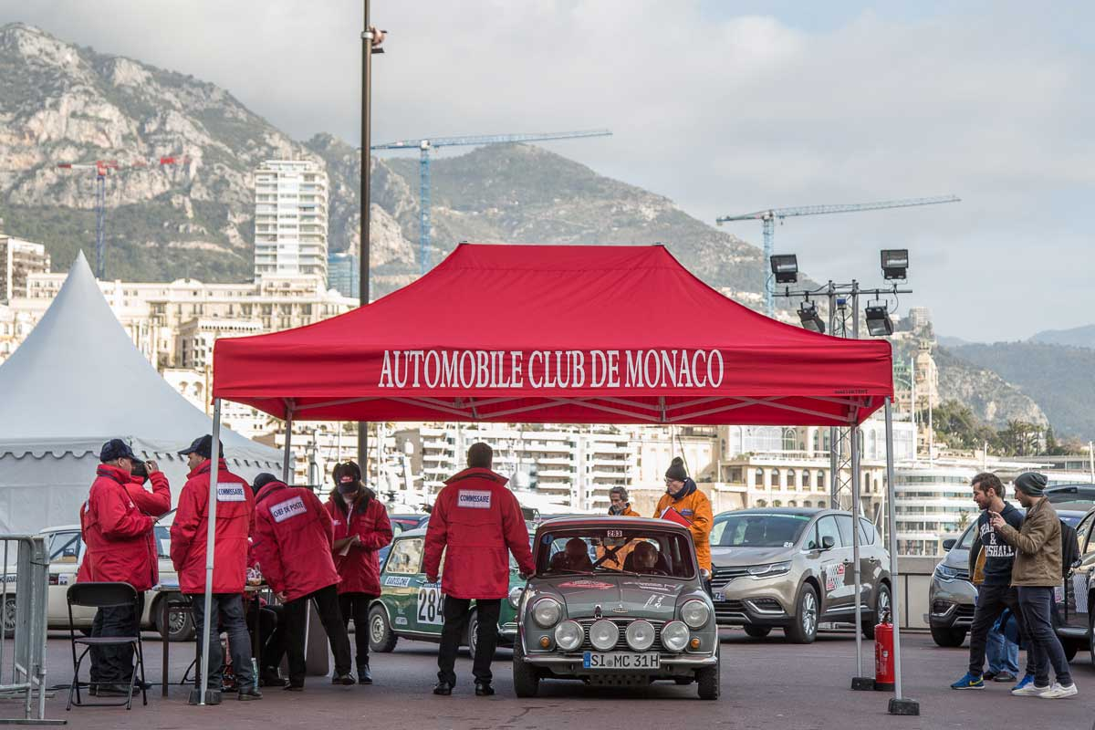 Start Monace-Valence · Hafen, Monaco, Monte Carlo · 19. Rallye Monte-Carlo Historique 2016 · 31.01.2016, 11:18 Uhr