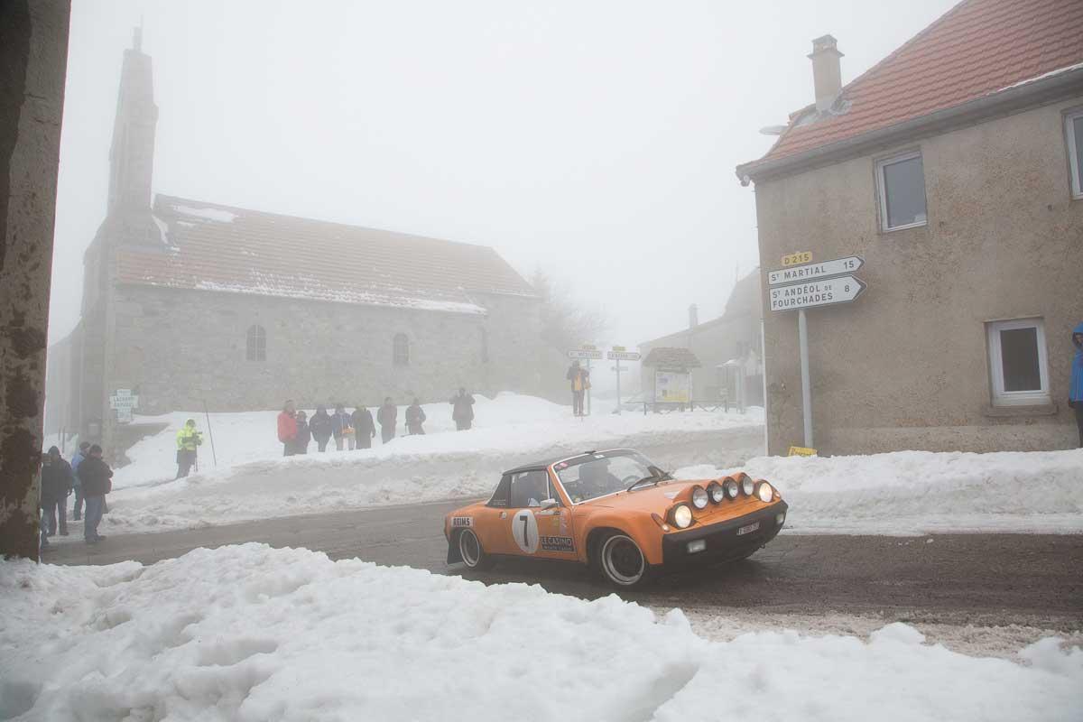 ZR 7 Burzet - Le Chambon · Lachamp-Raphaël, Frankreich · 20. Rallye Monte-Carlo Historique 2017 · 30.01.2017, 12:48 Uhr